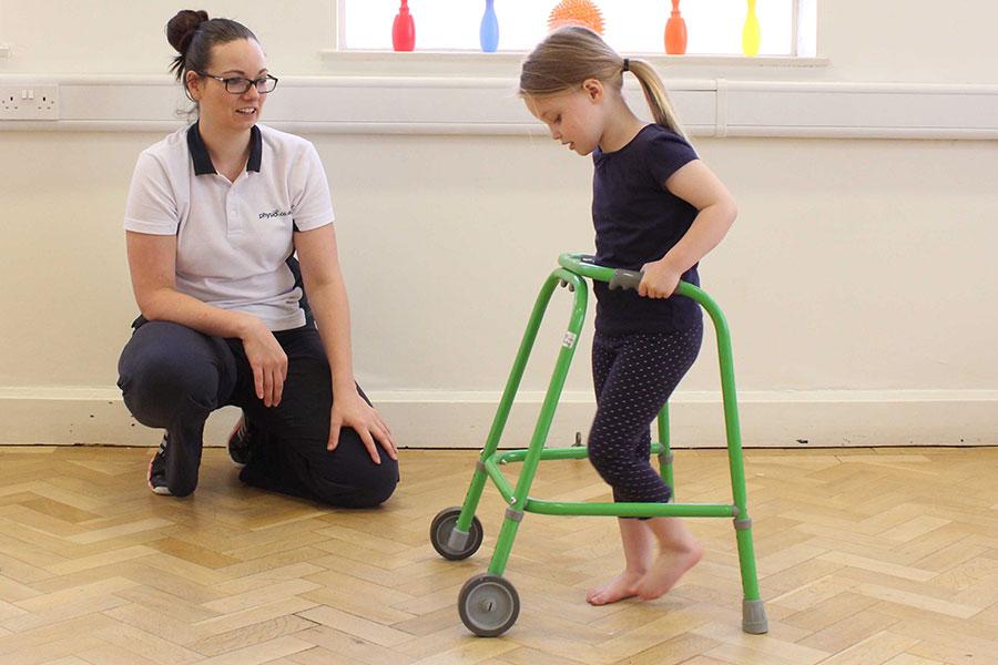 Serebral palsili çocuklarda yürüme rehabilitasyonu yaklaşımı